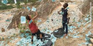 Szene aus dem Film TRASH, FILM.TV