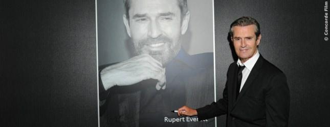 Ein riesiges Autogramm von Rupert Everett gab es auch