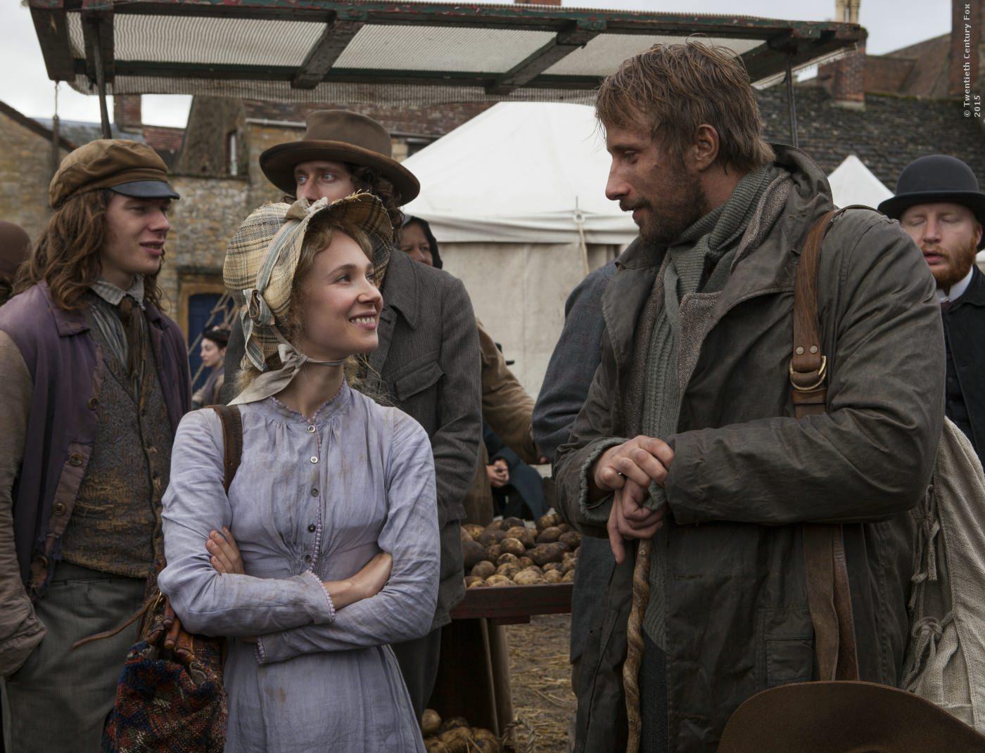 Fanny Robin (Juno Temple) und Frank Troy (Tom Sturridge)