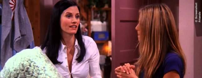 Monica war mal dick, ist jetzt aber schlank und sexy und ausserdem hat sie einen extremen Putz- und Ordnungszwang. Sie macht den FRIENDS immer Druck und ist dabei unfreiwillig witzig.