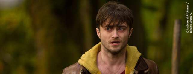 Daniel Radcliffe nicht als Harry Potter, sondern als Fabelwesen mit Hörnern. Zumindest sieht er wie eines aus.