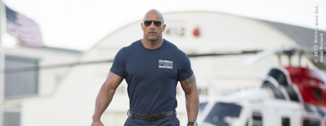 PLATZ 2 und 72 Millionen Dollar sichert sich Dwayne The Rock Johnson. Seine Muskeln funktionieren in Actionfilmen (SAN ANDREAS) genauso gut wie in in Disney-Zahnfee-Rollen.
