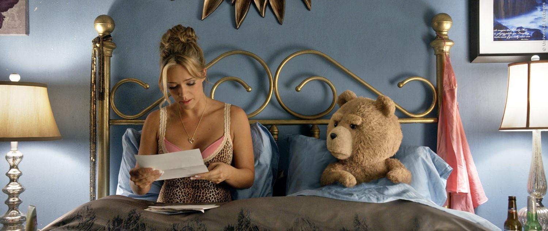 TED findet heraus, dass er die Vaterschaft seines Kindes nachweisen muss.