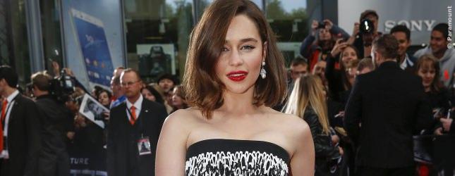 Emilia Clarke, die bezaubernde Khaleesi aus Game Of Thrones, spielt dieses Mal  Übermutter Sarah Connor.