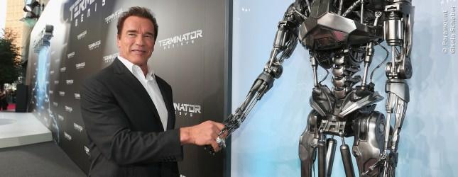 Honig im Kopf? Wir gehen davon aus, dass Arnold Schwarzenegger wusste, dass er hier keinen alten Freund wiedertrifft.