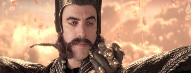 Sacha Baron Cohen spielt einen zwielichtigen Typen, auf den Alice bei ihrem zweiten Besuch im Wunderland trifft.
