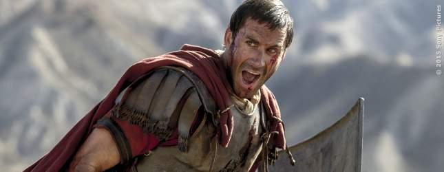 Militärtribun Clavius (Joseph Fiennes) im Kampf.