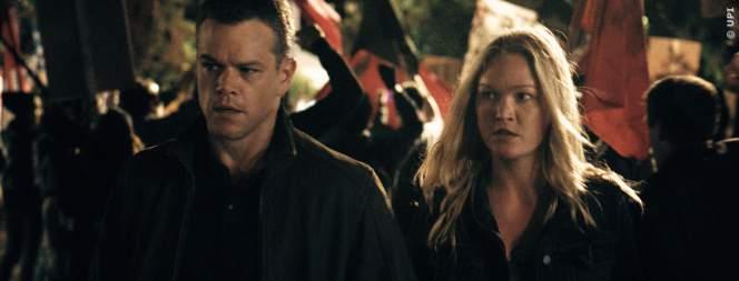 Jason Bourne muss wieder eine hübsche Frau retten und beschützen. Schafft er es bis zum Ende des Films?