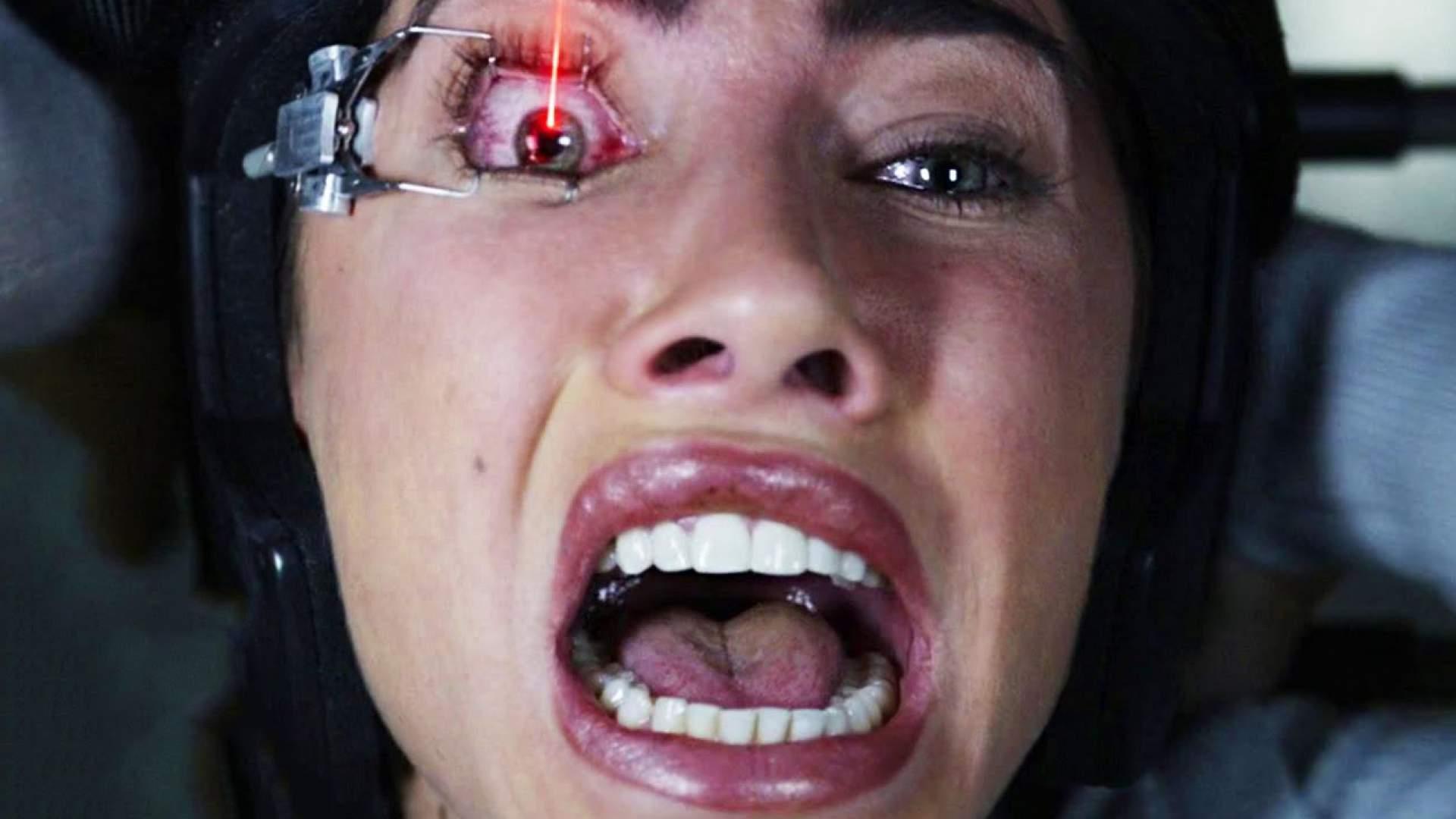 VIDEO: Fünf echt abartige Horror-Filmtode! 'Frittierte Hoden' sind da nur der Anfang.