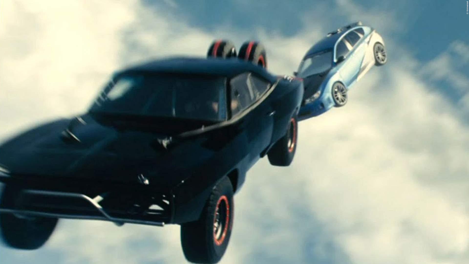 VIDEO: 'Fast & Furious' mit echter Schwerkraft = ganz böser Humor! Leider lustig!