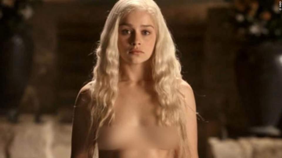 GAME OF THRONES: Die spektakulärsten Nackt-Szenen aus der Kult-Serie im Video! Hast du schon alle gesehen?
