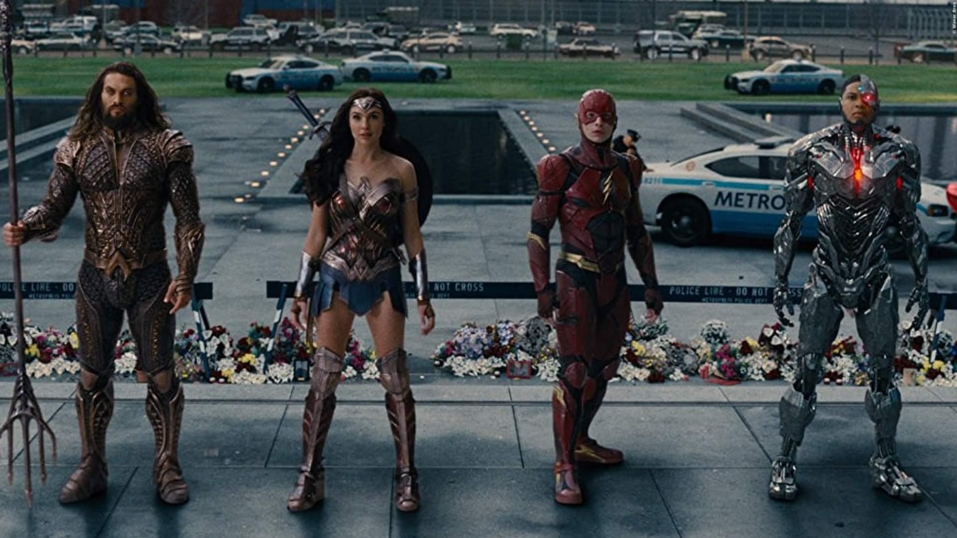 SKANDAL: DC-Star würgt weiblichen Fan auf offener Straße - von wegen Superheld.