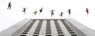 La La Land-Tag: spektakulärer Tanz am Hochhaus