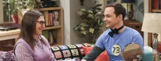 Sheldon und Penny machen Sport