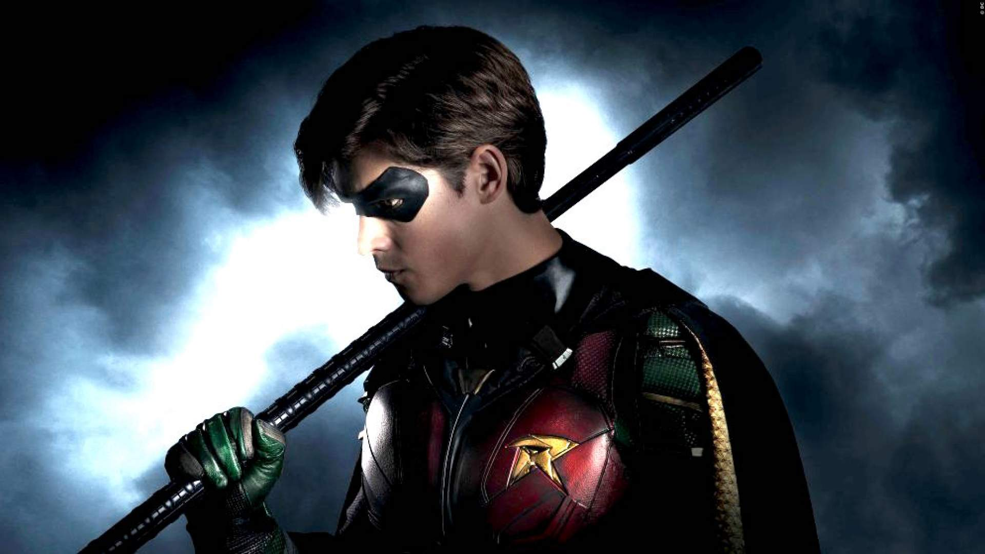 TITANS: Staffel 2 mit 'Game Of Thrones'-Star als Batman