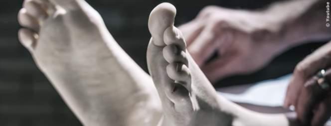 Das passiert mit deinem Körper nach dem Tod