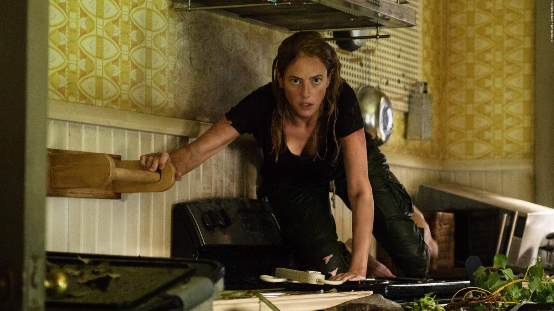 SCHOCKER: Mit der Sturmflut kommen die Monster - Trailer zum Kino-Horror 'Crawl'