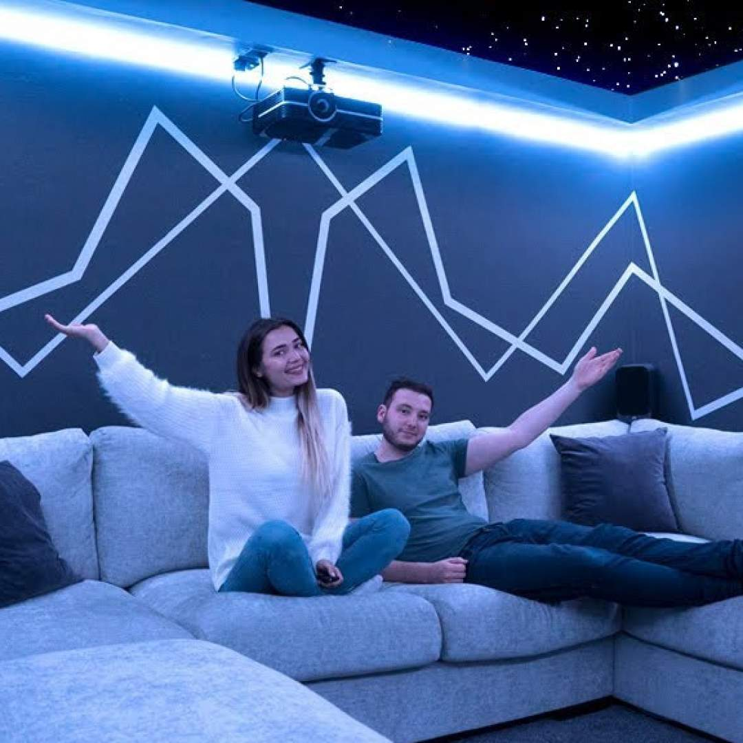 DIY: Paar baut sich Mega-Heimkino - So einfach geht's