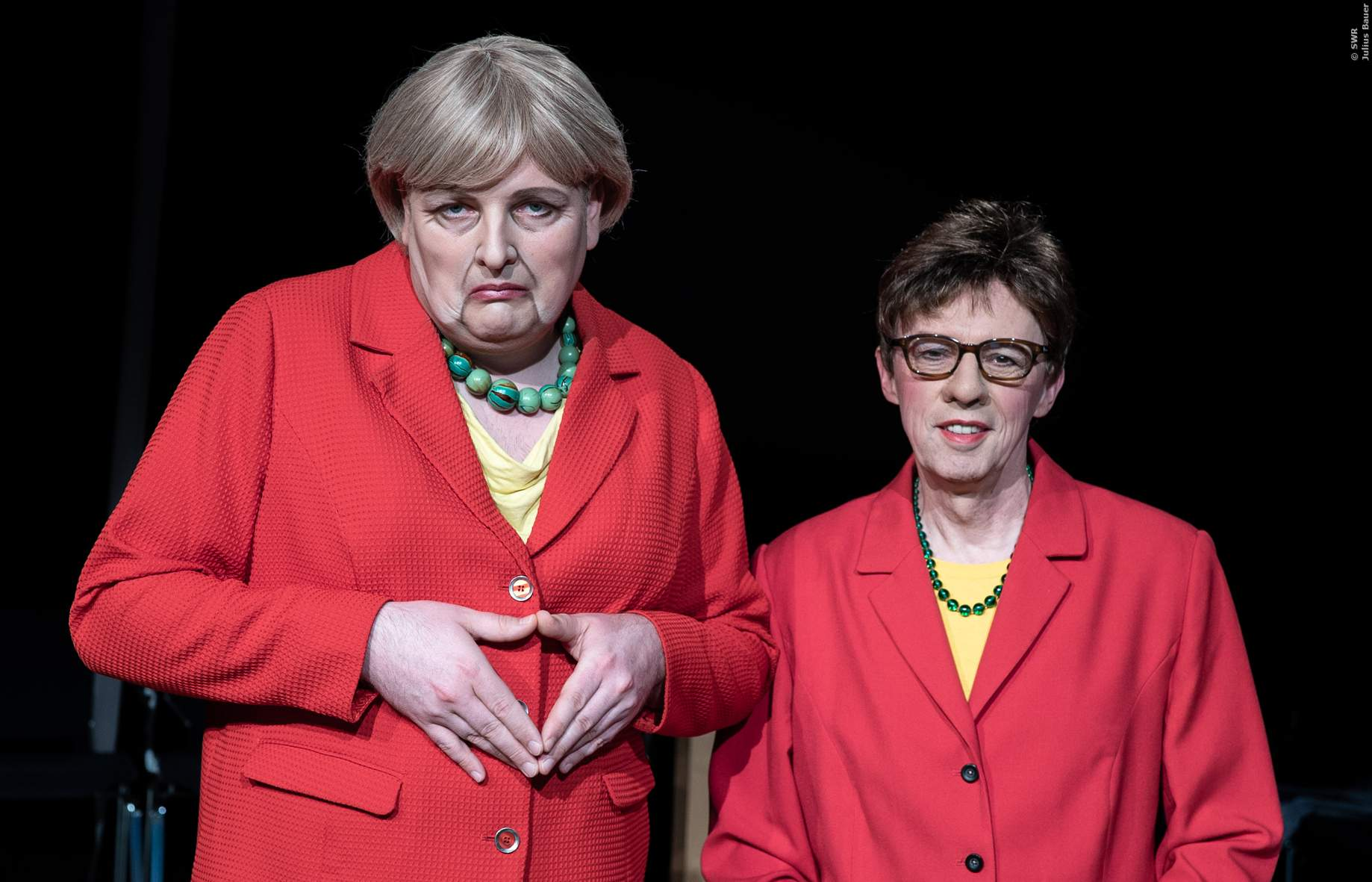 AKK und Angela Merkel