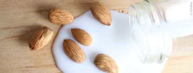 So verändert Mandelmilch deinen Körper