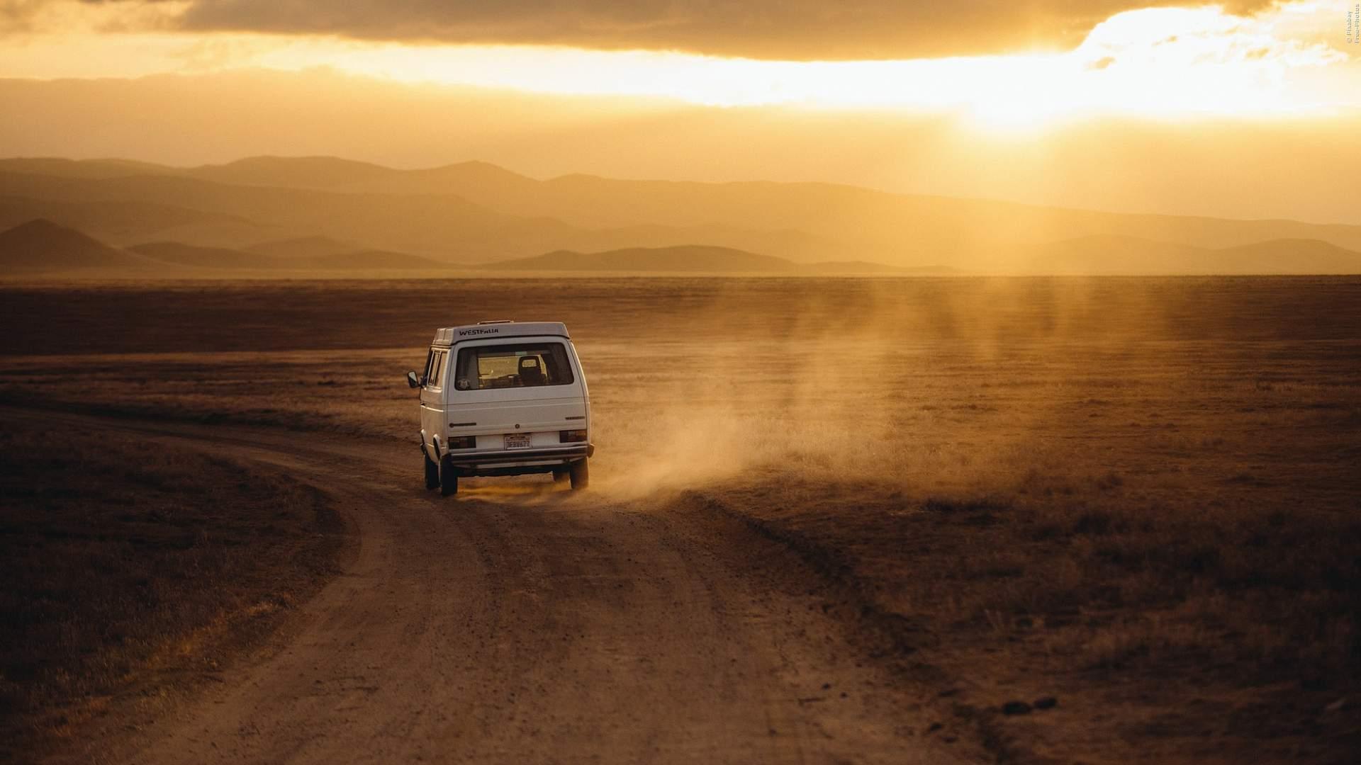 12.000 Kilometer ohne Geld und ohne Essen - Gefährliches Bulli-Abenteuer für 2 Jungs