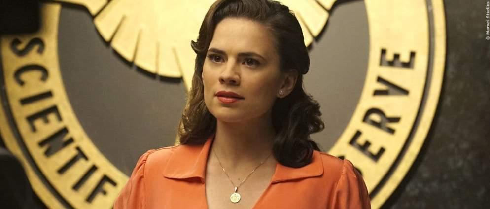 """Hayley Atwell als """"Agent Carter"""" in der gleichnamigen Serie"""