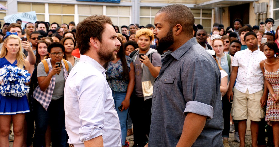 Fist Fight: Deutscher Trailer zur Ice Cube-Comedy - Bild 1 von 2