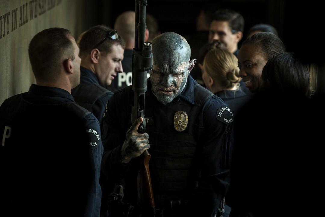 Nicolas Jakoby wird erster Ork im Team des South Central Polizeiteams - Bild 1 von 3