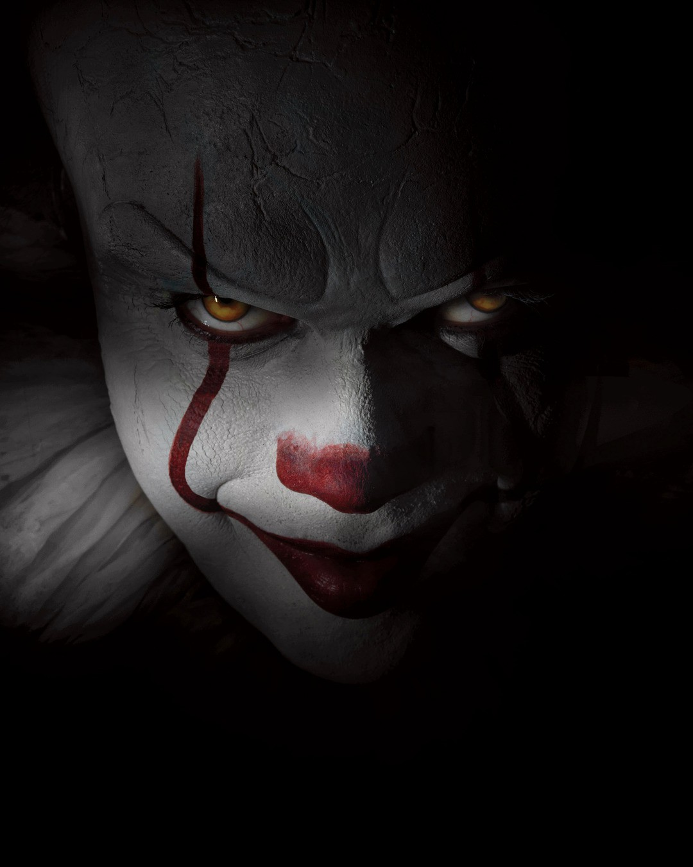 ES: So sexy ist der Clown privat - Bild 4 von 4