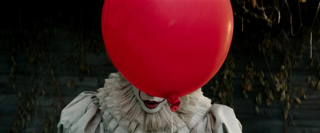ES: So sexy ist der Clown privat - Bild 2 von 4