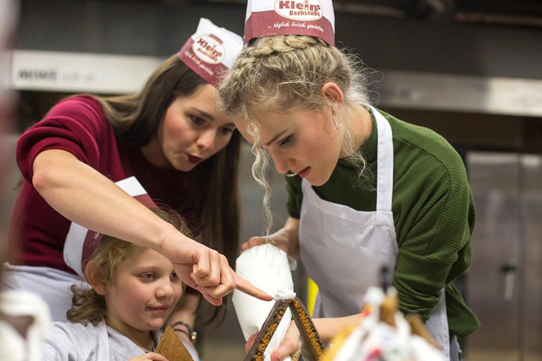 RTL-Serien-Stars: wunderbare Weihnachts-Aktion für Kinder aus sozialschwachen Familien - Bild 1 von 7