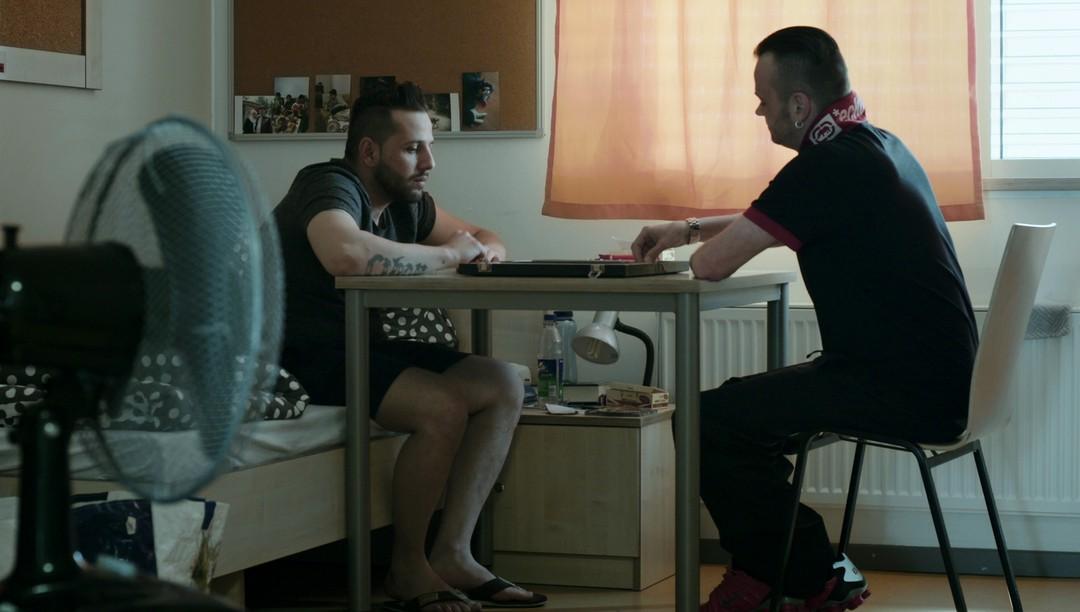 Therapie Für Gangster Trailer - Bild 6 von 6