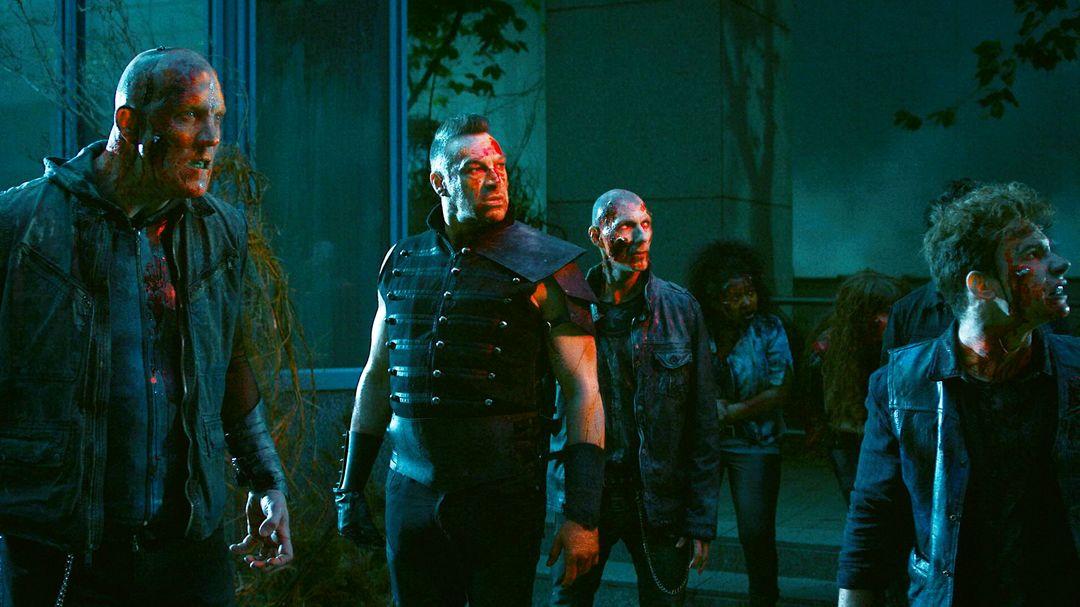 Van Helsing: Trailer zur Serie Staffel 1 - Bild 8 von 10