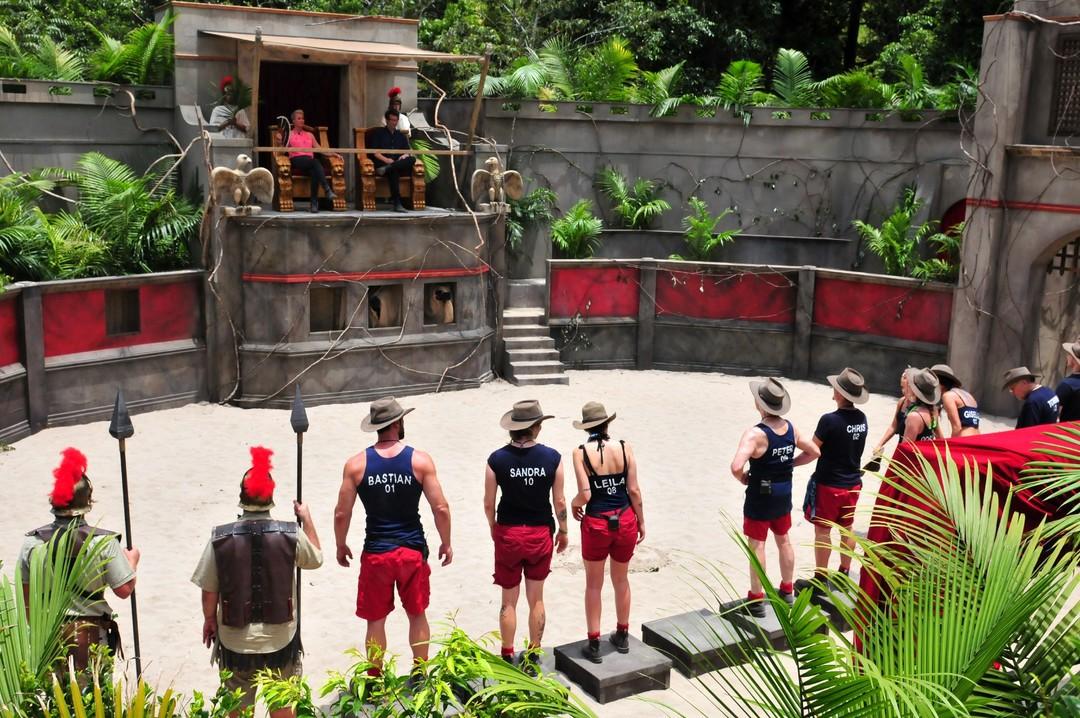 Dschungelcamp 2019: Tag 10 - Evelyn lechzt nach Bildung - Bild 1 von 75