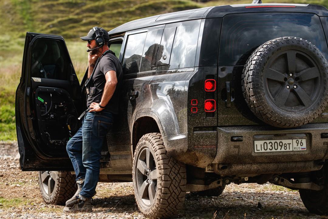 Keine Zeit Zu Sterben: Stunt-Team zeigt exklusive Szenen zum neuen Bond-Film - Bild 1 von 1