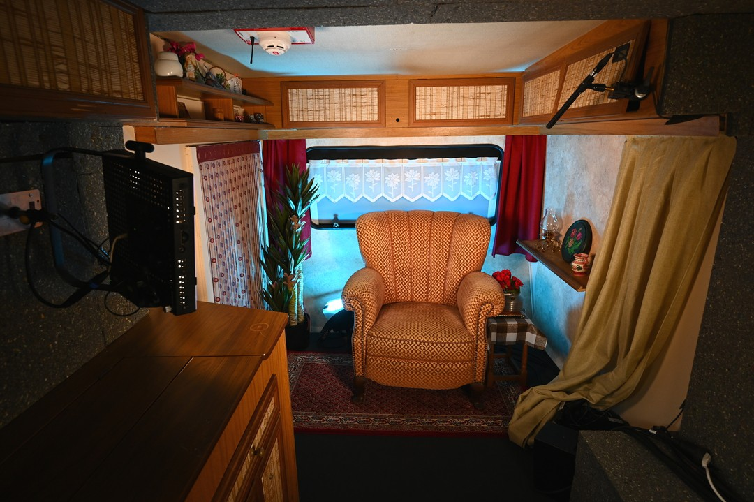 Promi Big Brother: Bilder-Galerie Camping-Platz - Bild 3 von 17