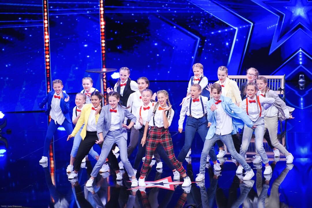 Dance A.kt