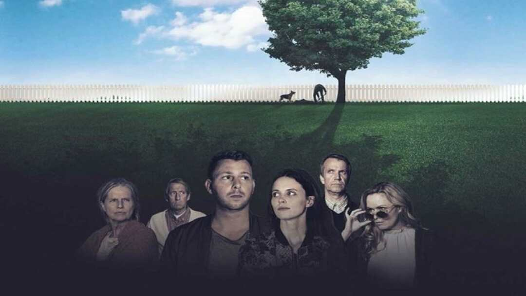 Under The Tree Trailer - Bild 1 von 4