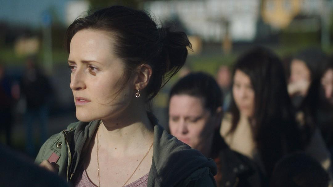 Herself Trailer - Bild 1 von 17