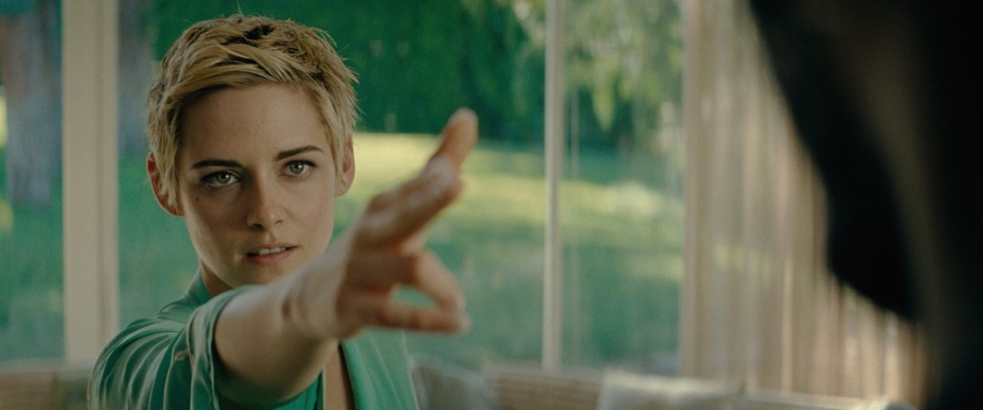Jean Seberg - Against All Enemies Trailer - Bild 1 von 10