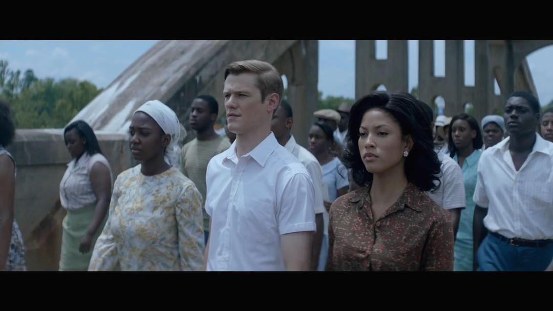 """Lucas Till: Erst """"X-Men"""", dann """"MacGuyver"""" und jetzt """"Son of the South"""""""