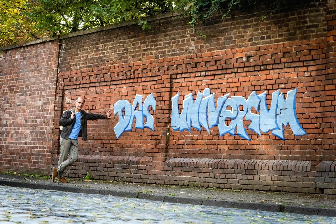 Bild zu Tilo Neumann und das Universum